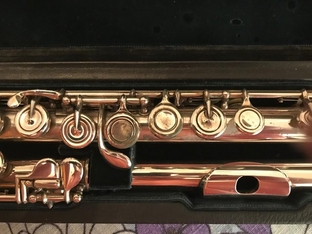 Image 2 of ALTUS/AZUMINO A907SECOND HAND,INTERMEDIATE/STEP UP FLUTE !!!