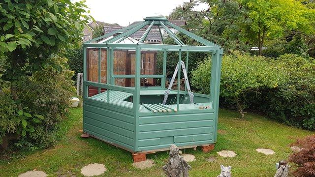 Image 2 of A gorgeous one off hexagonal Greenhouse