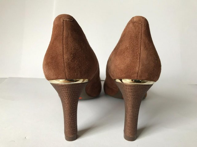 Image 2 of Womens Rockport Brown Suede Pointy Toe Heels size 4.5