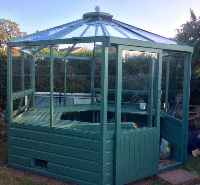 Image 5 of A gorgeous one off hexagonal Greenhouse