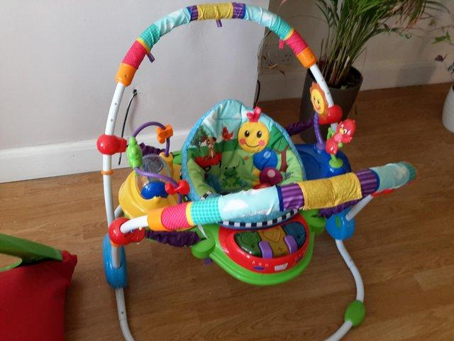 Preview of the first image of Baby jumperoo.