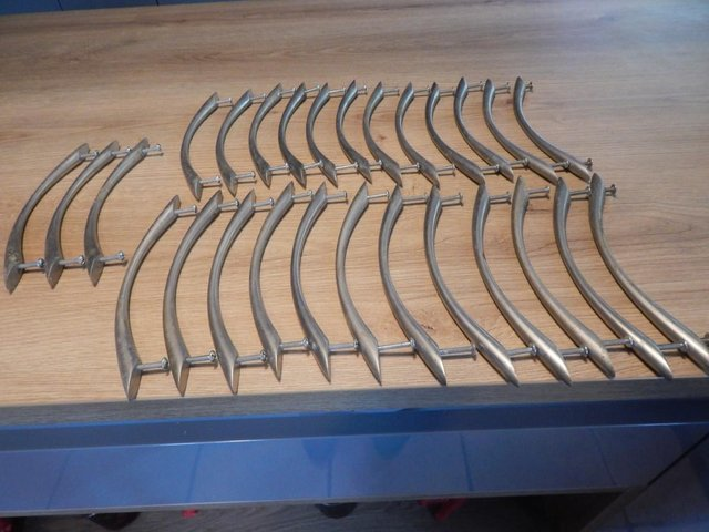 Image 2 of Job Lot Of 27 Chrome Kitchen Curved Door Handles With Screws