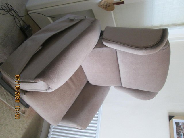 Image 2 of Riser Recliner chair