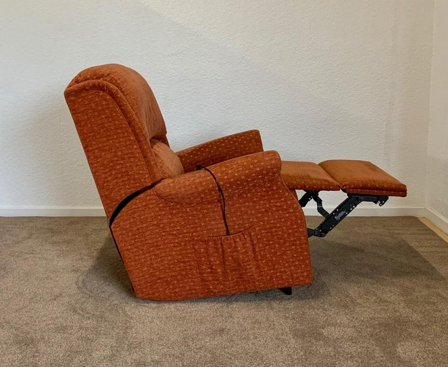 Image 22 of CELEBRITY ELECTRIC RISER RECLINER DUAL MOTOR CHAIR DELIVERY