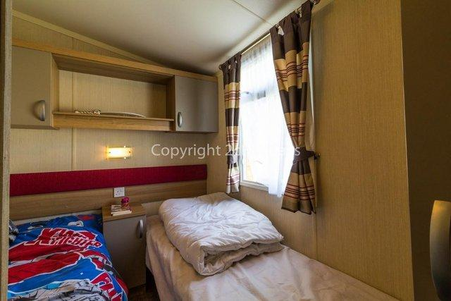 Image 16 of UK holiday static caravan for hire near beach  80025S