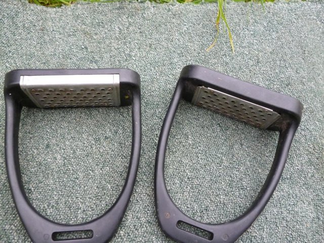 Image 5 of Large Composite cheese grater stirrups