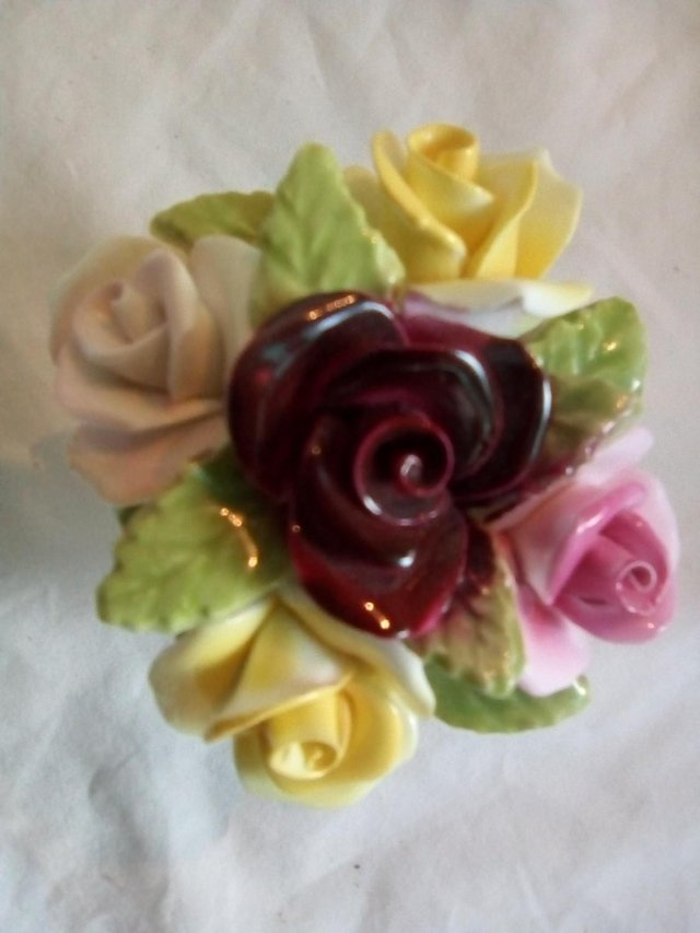 Preview of the first image of Coal port bone china 'Rose posy in Bowl'.