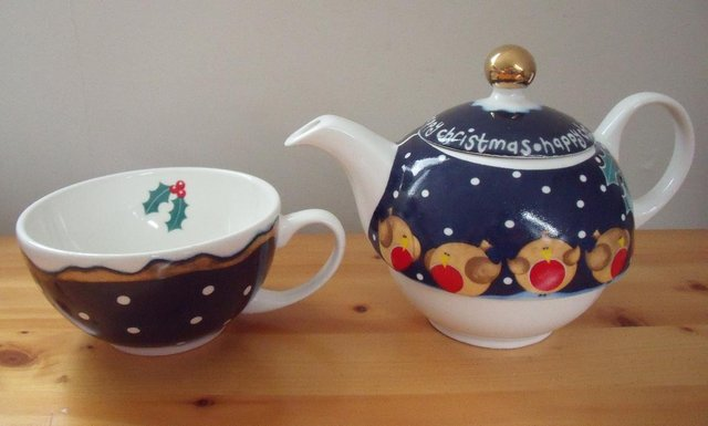 Image 3 of 1 cup teapot/cup 'HAPPY CHRISTMAS' Arthur Wood.