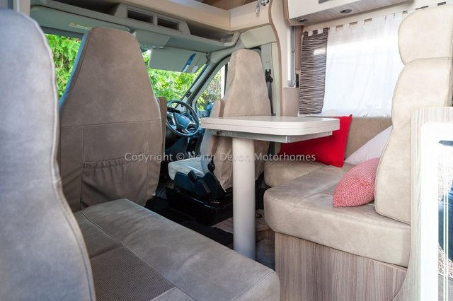 Image 11 of SOLD: Benimar Tessoro T494 Automatic, Island Bed