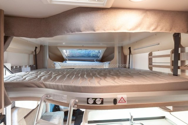 Image 29 of SOLD: Benimar Tessoro T494 Automatic, Island Bed