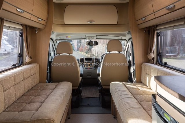 Image 7 of SOLD:  Bessacarr E450, 2011, 4 Berth, Low Profile,
