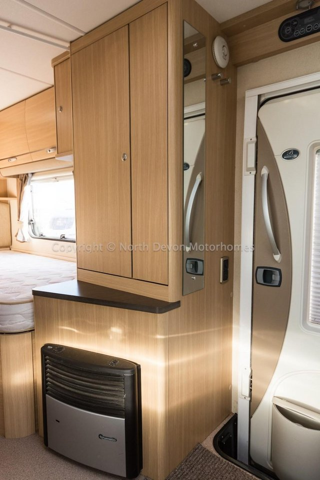 Image 14 of SOLD:  Bessacarr E450, 2011, 4 Berth, Low Profile,