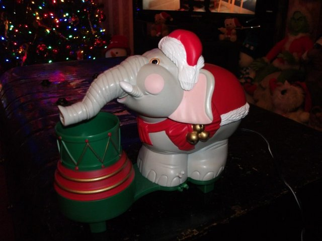 Preview of the first image of Edgar The Bubble Blowing Christmas Elephant.