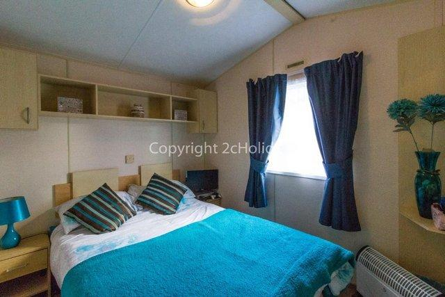 Image 9 of Pet friendly static caravan for Haven holiday hire 11012BC