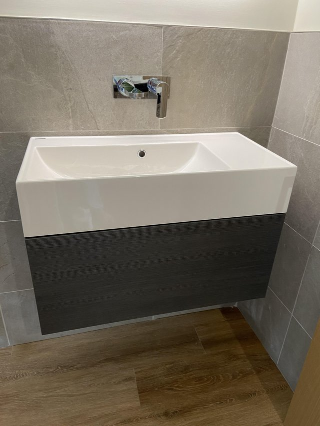 Image 2 of Vanity Unit and Basin