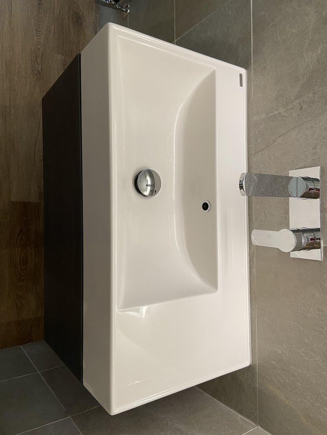 Image 3 of Vanity Unit and Basin
