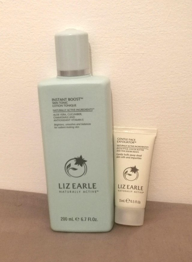 Preview of the first image of Liz Earle Toner & Exfoliator.