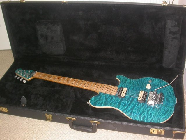 Preview of the first image of MUSIC MAN USA AXIS FLOYD QMT 1996 HARD CASE custom dimarzios.