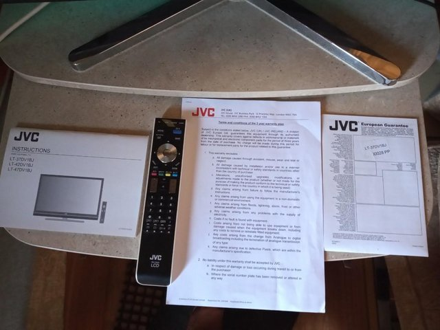 """Image 3 of JVC 39"""" Television"""