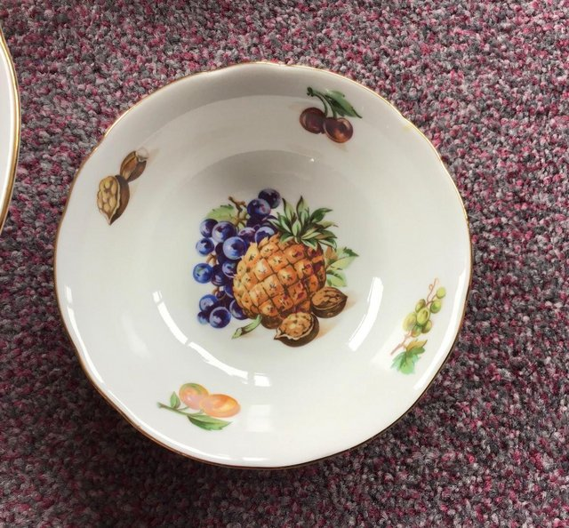 Image 2 of Lovely UNUSED vintage large bowl and matching dishes