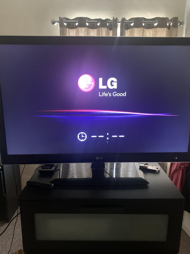 Preview of the first image of 50 inch LG TV.