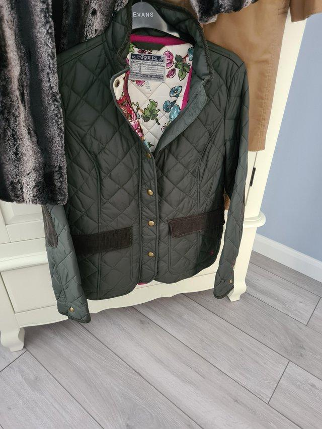 Preview of the first image of Joules green jacket.