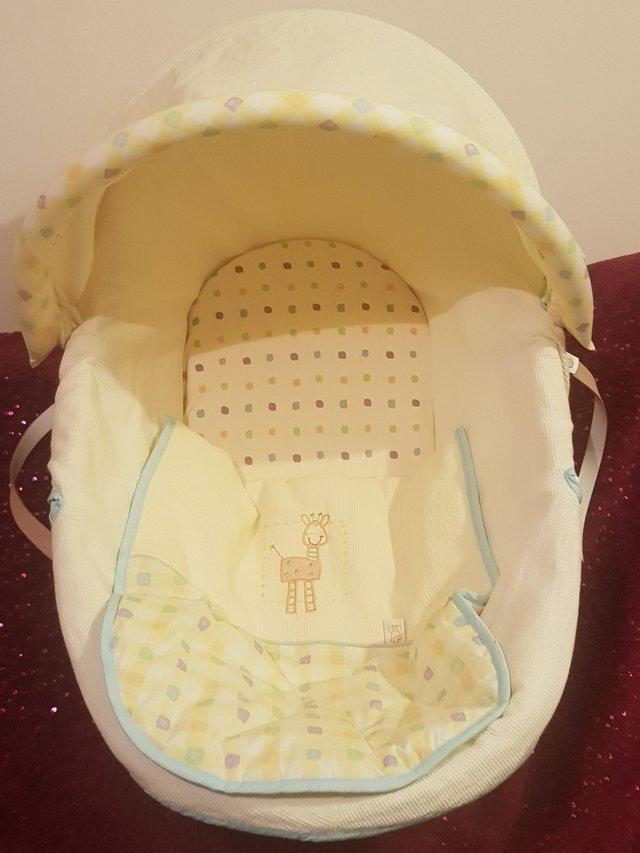 Preview of the first image of Moses basket.