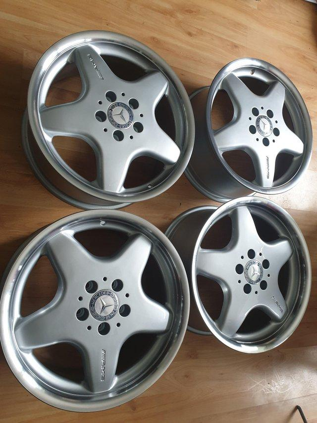 Preview of the first image of Mercedes Benz ÀMG  Alloy wheels.