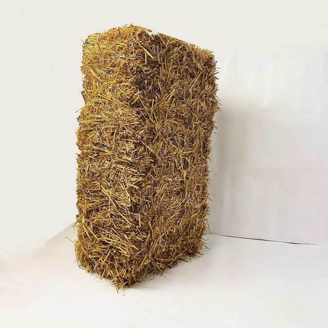 Image 7 of Barley straw bale in a bag FREE DELIVERY