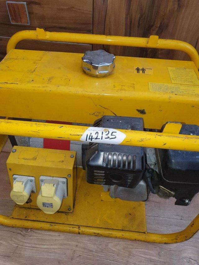 Preview of the first image of honda GX 110v generator Harrington 24 Rail.