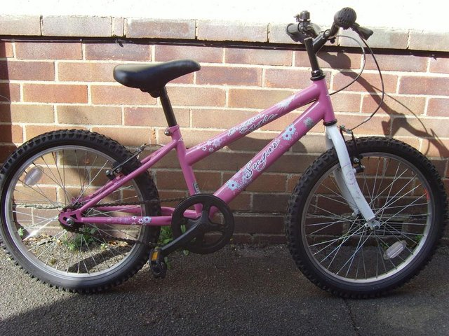 Image 2 of Girls first cycle
