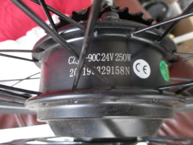 Image 2 of ebike back motor wheel. wheel and and tyre and gears