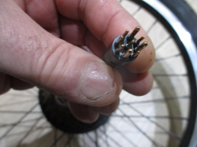 Image 3 of ebike back motor wheel. wheel and and tyre and gears