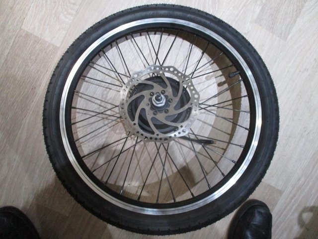 Image 4 of ebike back motor wheel. wheel and and tyre and gears
