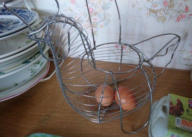 Image 2 of Wire Chicken Eggs Basket
