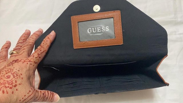 Preview of the first image of Guess purse wallet.