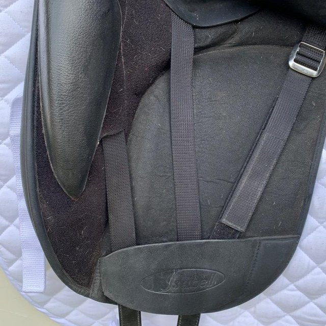 Image 5 of Wintec Isabell Werth 17.5 inch dressage saddle