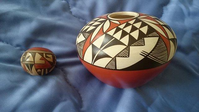 Image 4 of Original vintage signed first nation pottery