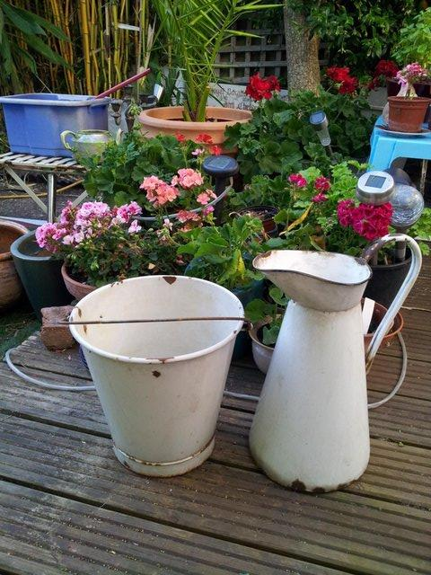 Image 2 of Original Jug & Bucket 'Old Dairy' Set