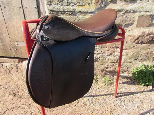 Image 8 of Stunning Barnsby 16 W Pony Club approved GP Saddle exc cond
