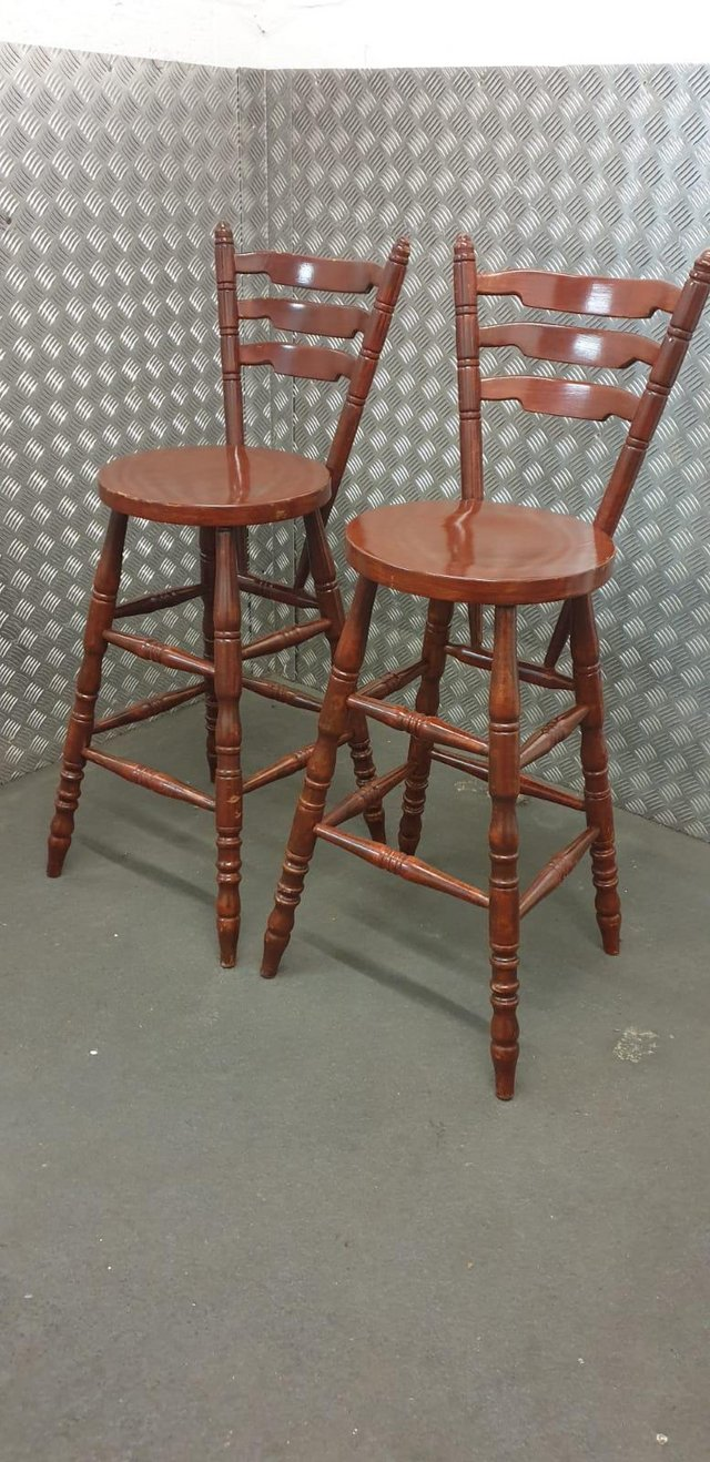 Image 3 of Farmhouse style breakfast bar stools