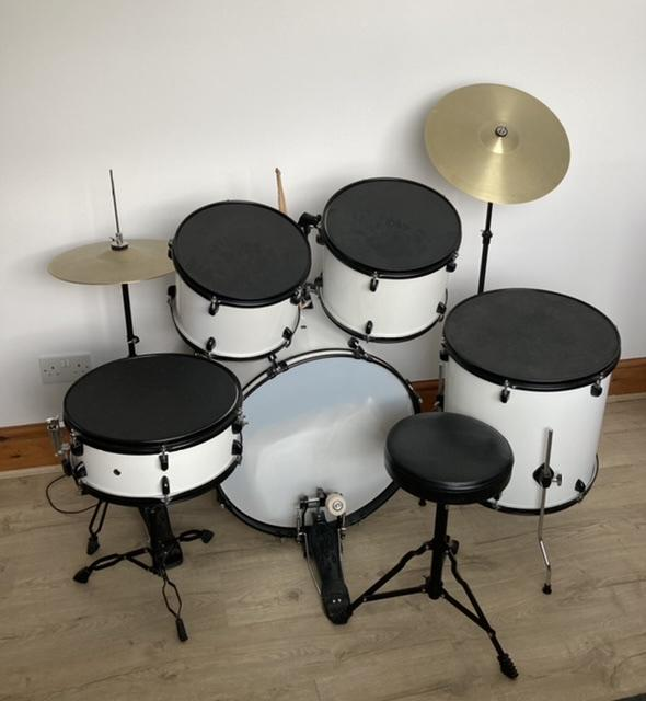 Preview of the first image of Junior Drum Kit.