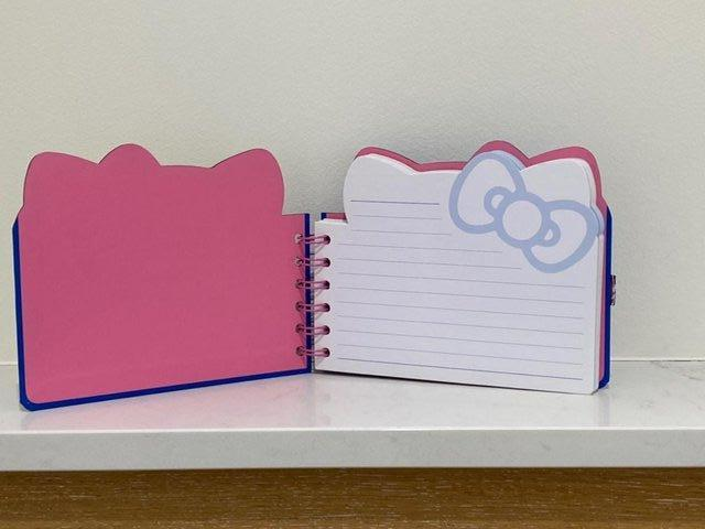 Image 7 of HELLO KITTY PAPERCHASE NOTEBK BN+ KITTEN INMITTEN SUCTIONCUP