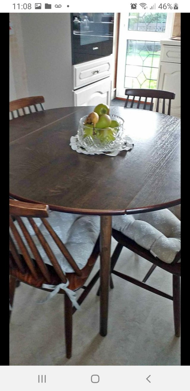 Preview of the first image of Vintage Dinettedining table and 4 chairs.