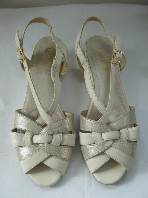 "Image 5 of Van Dal ""Bonita"" pale cream &champagne leather sandals UK 5D"