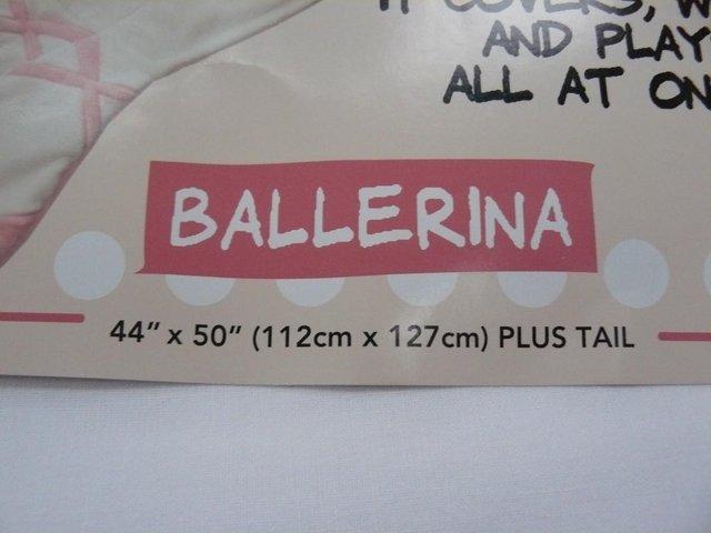 Image 4 of Cuddly Buddies pink & cream Soft Cosy Ballerina Footie Throw