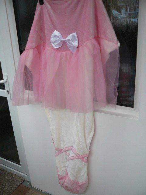 Preview of the first image of Cuddly Buddies pink & cream Soft Cosy Ballerina Footie Throw.