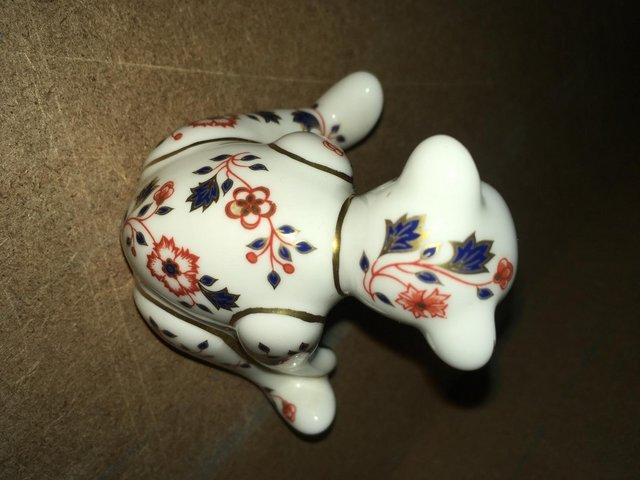 Image 3 of Royal Crown Derby William Bear Paperweight