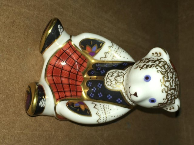 Image 2 of Royal Crown Derby Scottish Shona Bear Paperweight