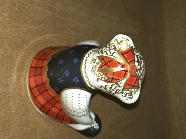 Image 3 of Royal Crown Derby Scottish Shona Bear Paperweight